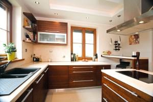klasyczna-kuchnia-na-zamówienie-kraków-baum-centrum