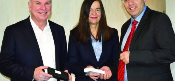 Bürgermeister Manfred Schaub, Manfred Werner, Kerstin Krug, TSV Hertingshausen