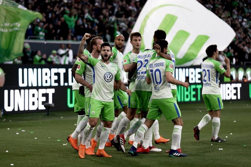 Baunatal, Sportstadt Baunatal, Freunschaftsspiel KSV Baunatal VfL Wolfsburg, Parkstadion