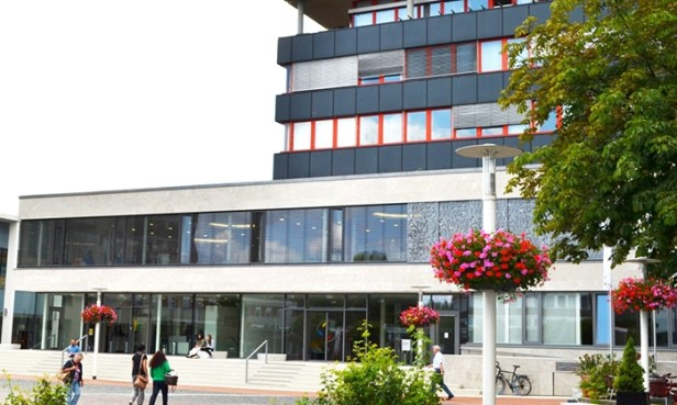 Baunatal, Stadtbücherei Baunatal