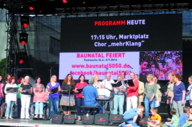Stadtfest Baunatal,  Vergnügungsmeile, Fahrgeschäfte, Schausteller, Baunatal, Chor Mehrklang