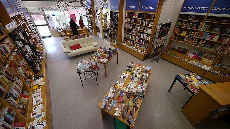 Buchhandlung Eulenspiegel (Marktplatz Baunatal) ist für Sie da