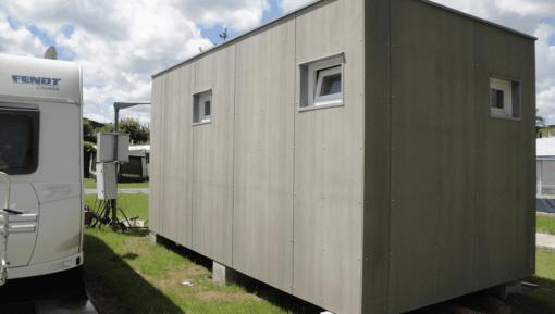 Containerbau – Sanitärcontainer Cetris Platten