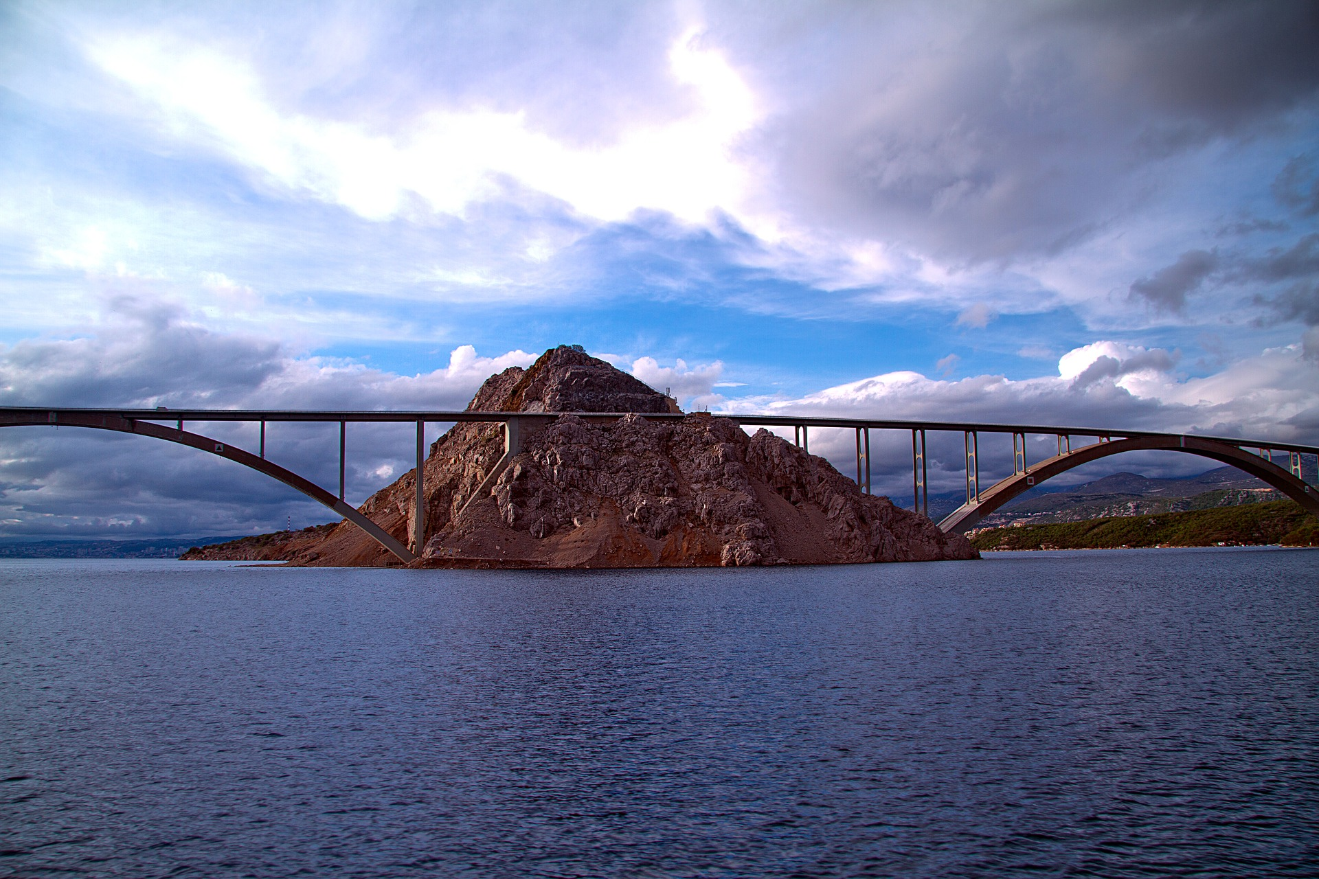 [FOTO] Znate li koji je most bio najveći takav na svijetu do izgradnje Krčkog?