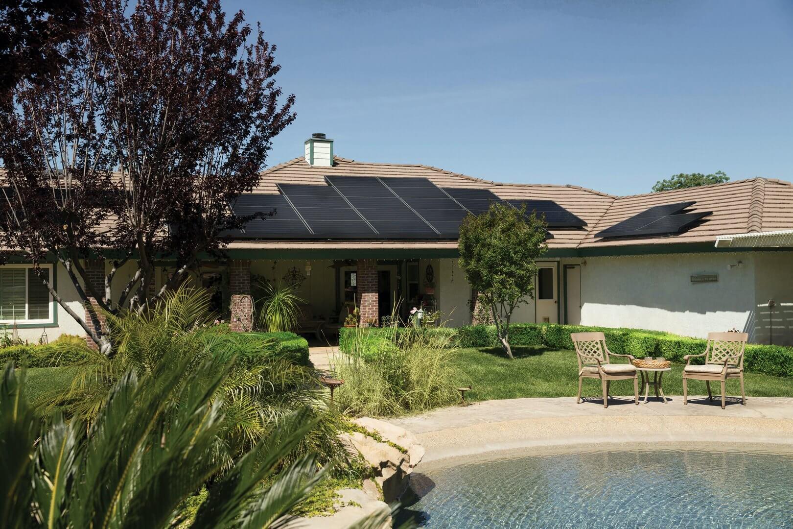 Otočna sunčana elektrana za napajanje obiteljske kuće