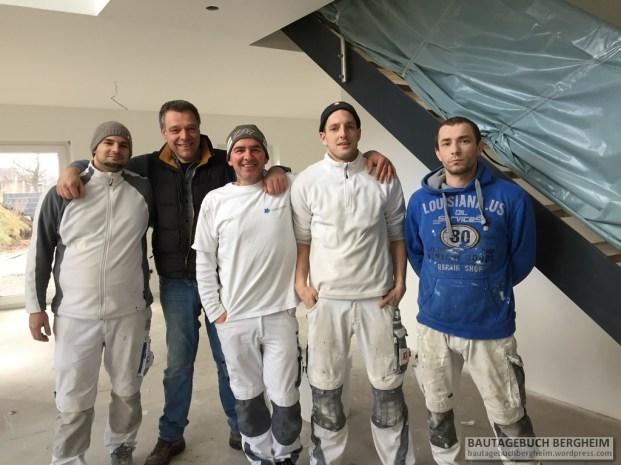 Holger mit den Trockenbauern und Malern