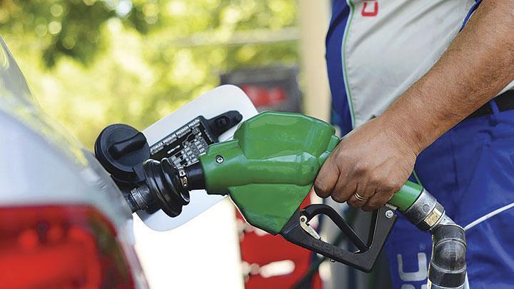Congelan precios: Combustibles se mantendrán igual