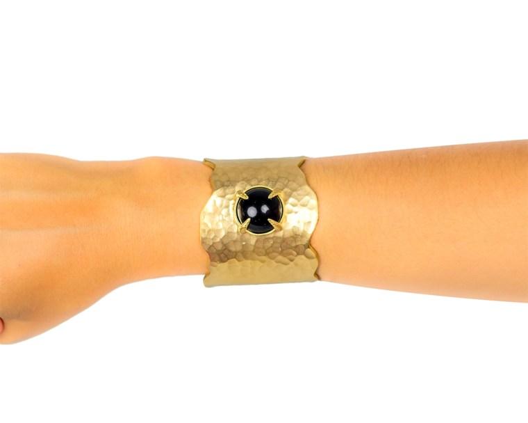 alexia-cuff-black-arm