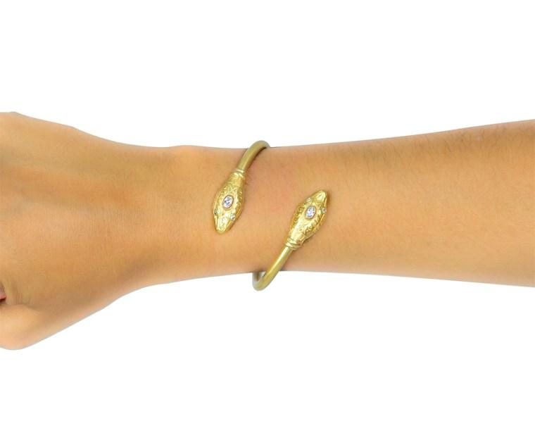 cathy-bracelet-white