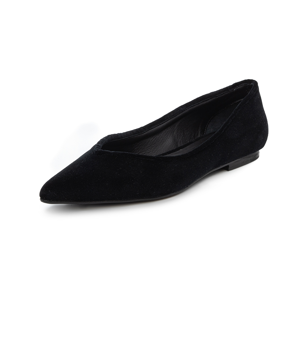 Hand made shoes in black velvet and leather