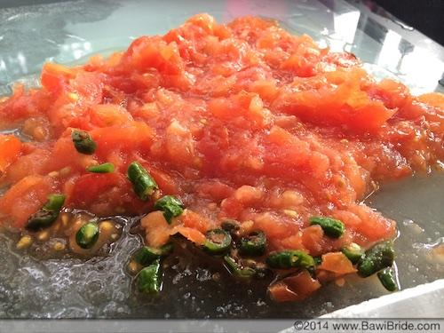 Chopped Tomato and Chilli for Sali per Eedu