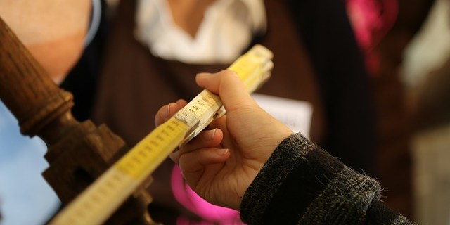 Gute Online-Shops, die Holzmöbel nach Mass anbieten