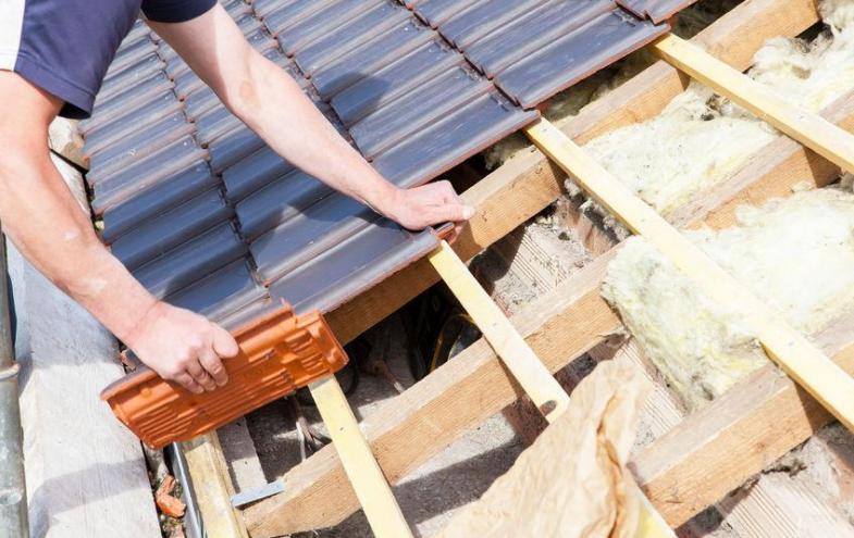Relativ Dachsanierung Kosten - damit müssen Sie rechnen   Bauen und Wohnen EE21