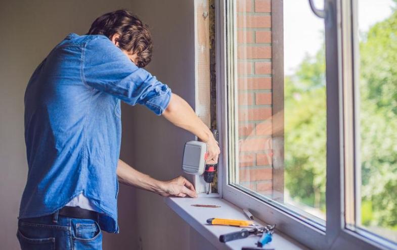 L cher bohren im kunststofffenster bauen und wohnen in - Kunststoff fensterrahmen reparieren ...