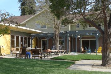 Woodroe Backyard