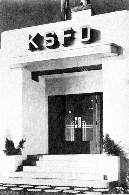 ksfo_xmtr-bldg_c1942