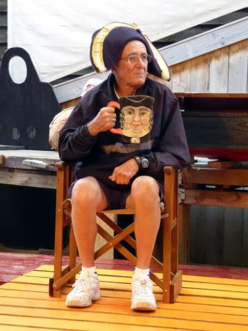 Dave takes time out from bushwalking to try some local theatre in Strahan