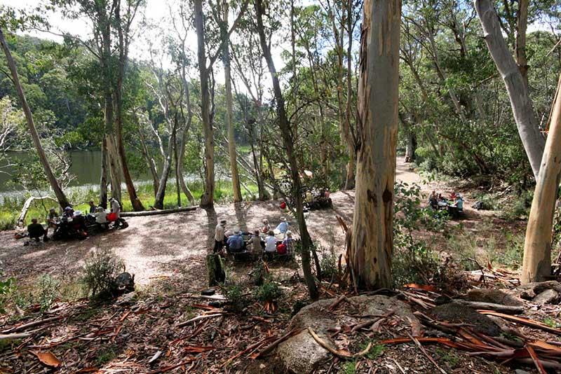 Walkers enjoying lunch by Lake Catani