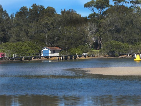 Boat shed at Mossy Point.