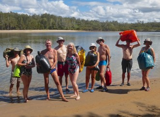 Martin, Sue, leader Brian, Rob, Carol, Christine, Phillip, Rodney, Helen not looking like bush walkers.