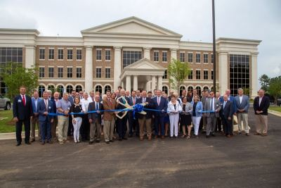 Infirmary Health Cuts Ribbon on Daphne Building