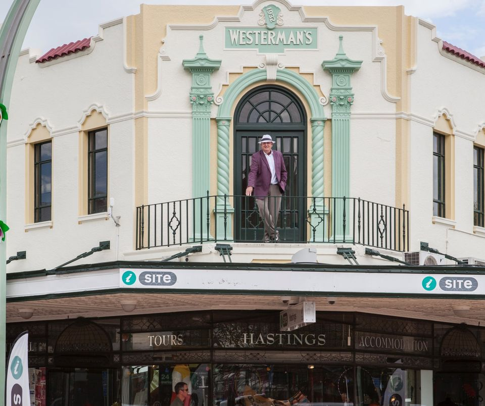 Walking tour around Hastings with Michael Fowler