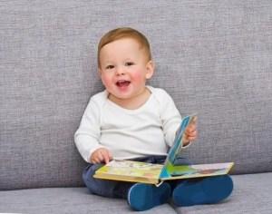 226 Nama Bayi Laki Laki Yang Artinya Pintar
