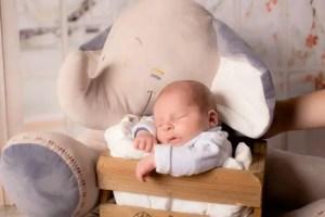 Nama Bayi Laki Laki Modern Huruf H