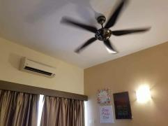 Fan & 2 Aircond