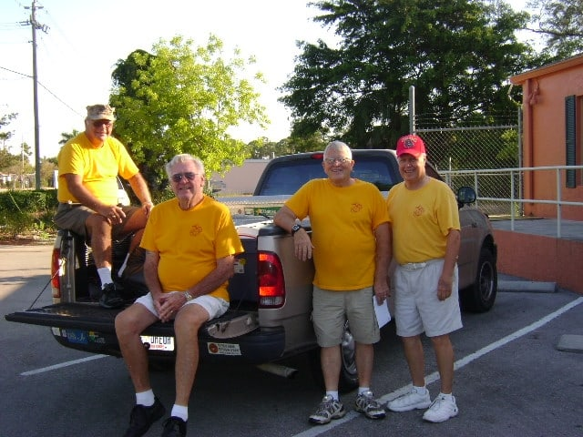 Volunteers from the Marine Corps League