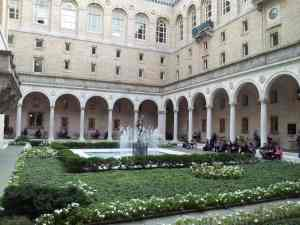 Boston Public Library courtyard dining area