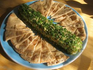 Photo of Blue Cheese Log with pita wedges