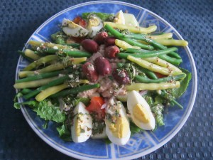 photo of salad with dressing added