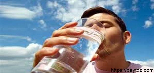 كثرة شرب الماء والرجيم