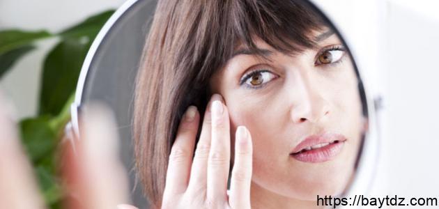كيف نحافظ على بشرة الوجه من التجاعيد