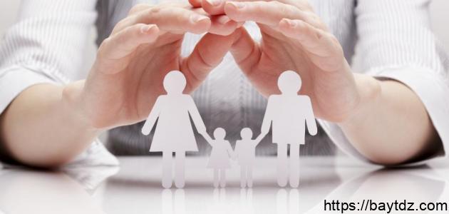كيف نظم الإسلام العلاقة بين الآباء والأبناء