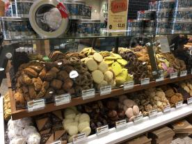 Whole Foods Leaside Opening - Apr 26 2017 (9)