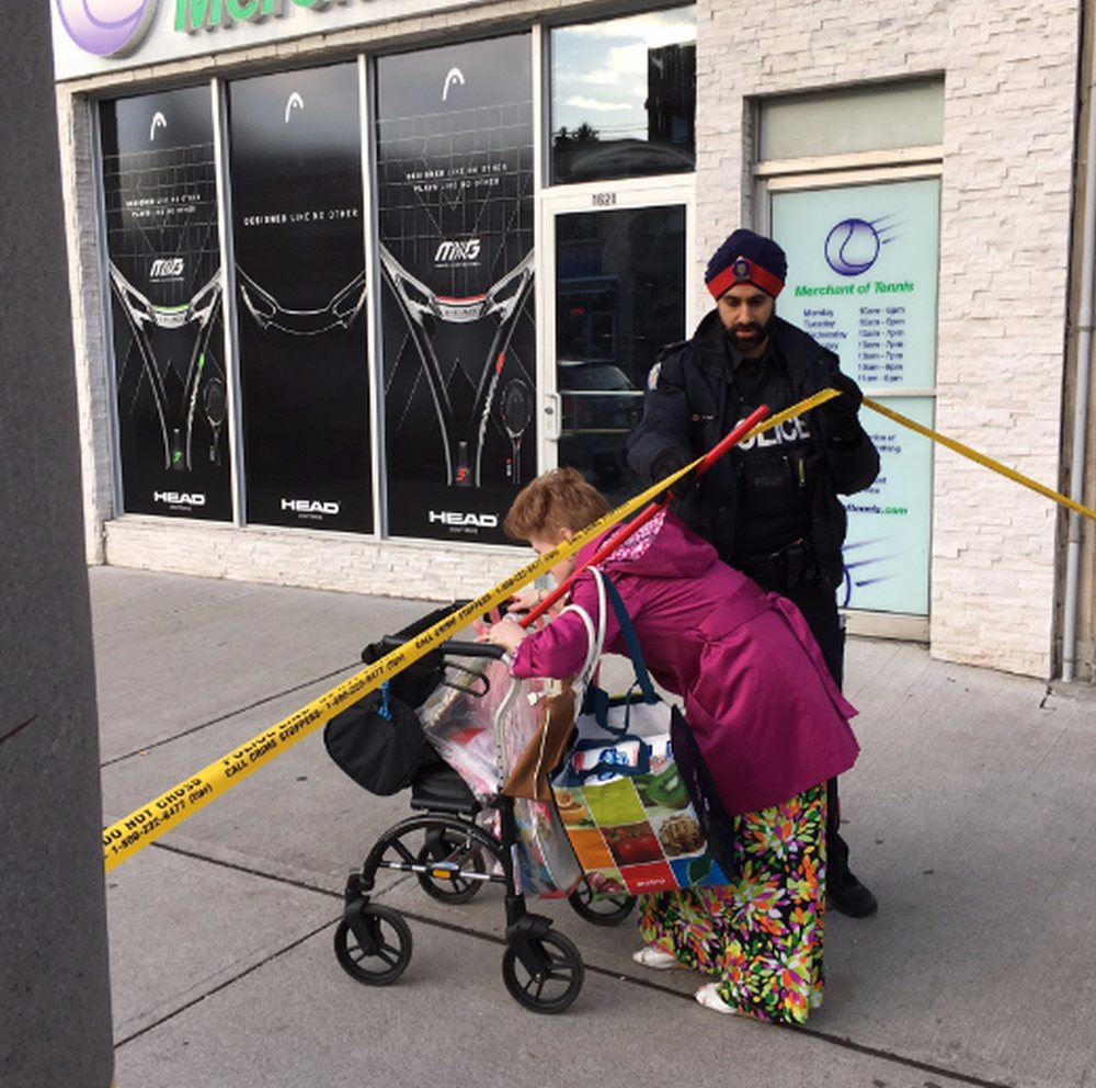 Sidewalk taped off after holdup at Bayview pot dispensary
