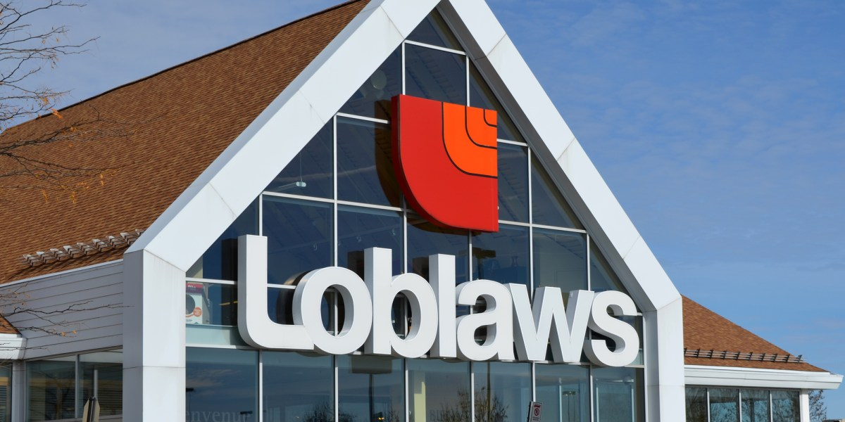 Shoppers abandon carts at Loblaws as debit process crashes