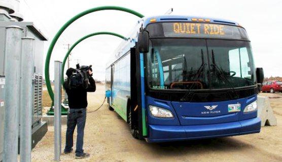 Battery bus made in Winnipeg by New Flyer (Twitter/@opbrid)