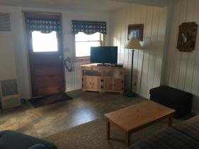 Cabin 4 Int4