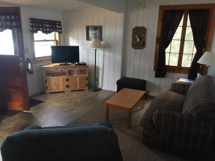 Cabin 4 Int6