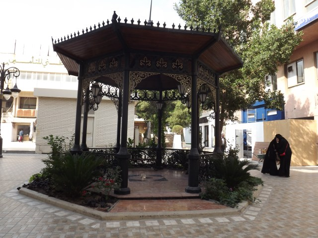 In the center of SoMu this beautiful gazebo embodies everything the Thouq team aims for in the historic souq: Creating something beautiful from the history of the area. Designed and funded completely by the team, the beautiful resting place has become a popular spot for many shoppers and diners in SoMu.