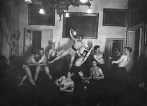 Петербургское атлетическое общество. Поднятие тяжестей. Петербург, 1905