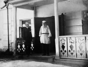 Карл Булла и Лев Толстой. 1901. Фотографировал сын Карла Буллы - Виктор Булла.