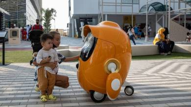 The Opti robots are specially designed to be at a child's level. Photo: Christophe Viseux / Expo 2020 Duba