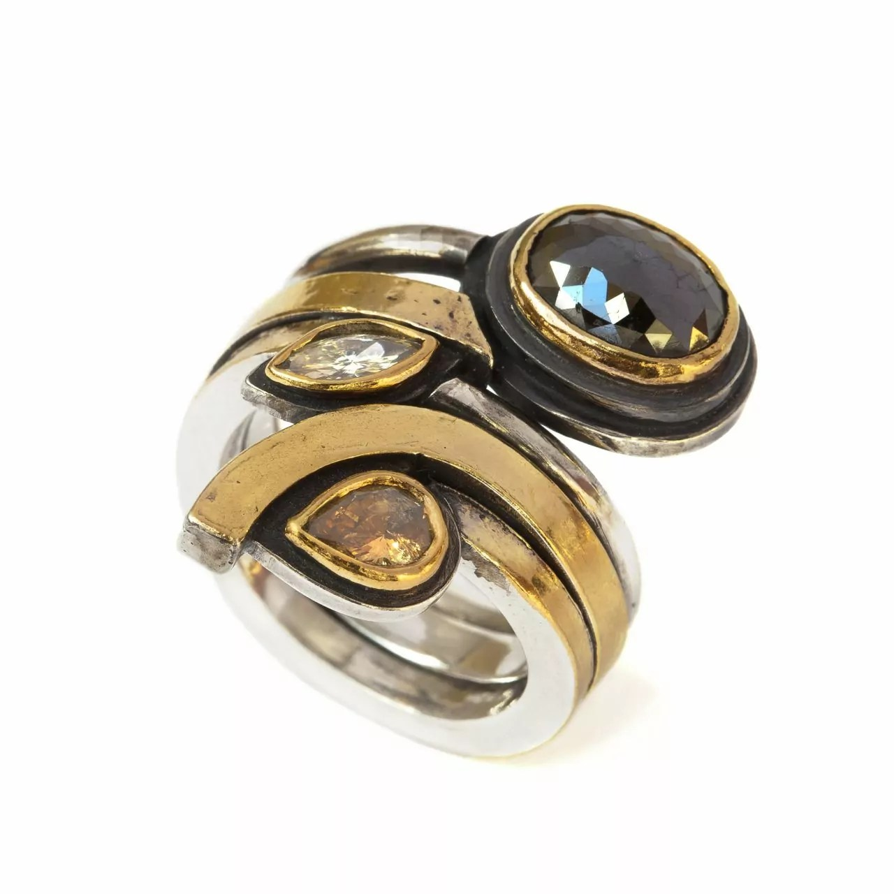 Ring with Mixed Diamonds
