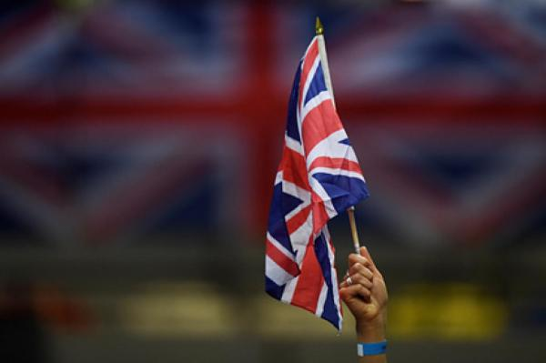 BB.lv: Интимные фото и видео четырех британских ...