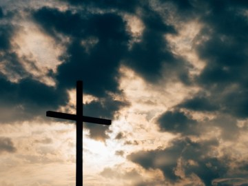 Muslim Professor Insists Jesus Wasn't Crucified, Christian Student Suspended For Disagreeing