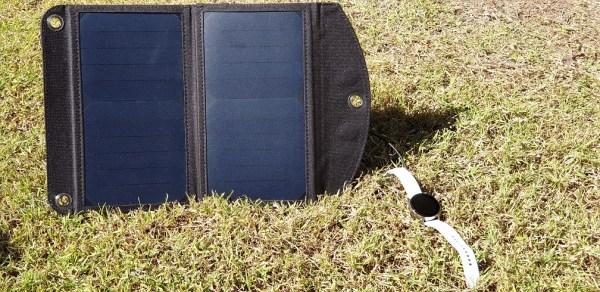 12 w Solar Power pack